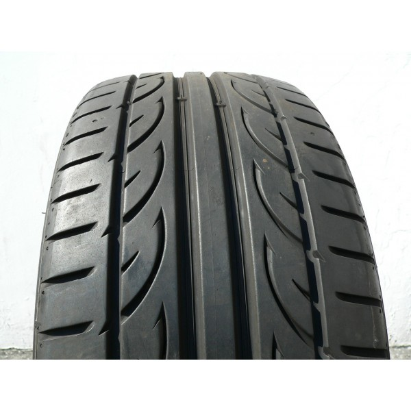 1 used tire 255 35 20 hankook ventus v12 evo 2 90 life. Black Bedroom Furniture Sets. Home Design Ideas